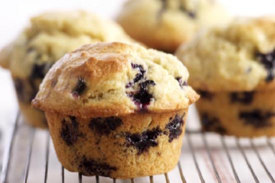 Refrigerator blueberry muffins